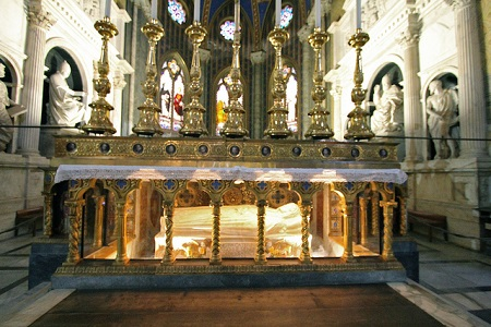 Catherine of Siena tomb